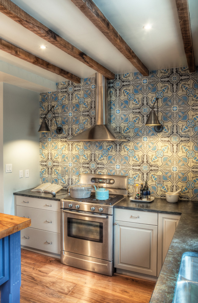 Choosing The Right Idea For Kitchen Backsplash Choices For Modern Homes