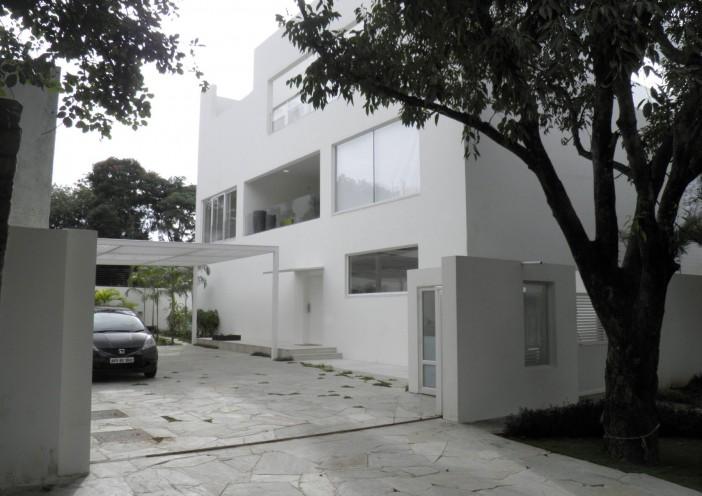 Beautiful contemporary Residence