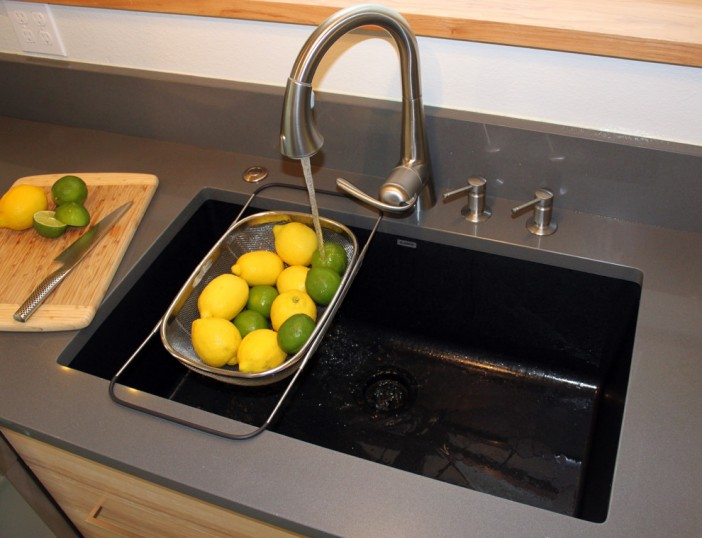 best material choices for kitchen sinks 03