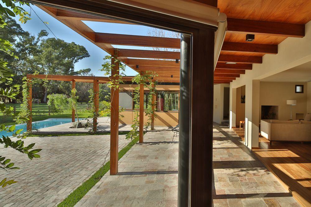 casa fenomenologica in argentina 01