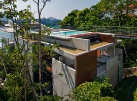 concrete home in ubatuba 20