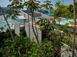 concrete home in ubatuba 21