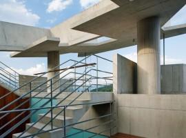 concrete home in ubatuba 22