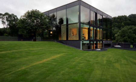glass house in lithuania 01
