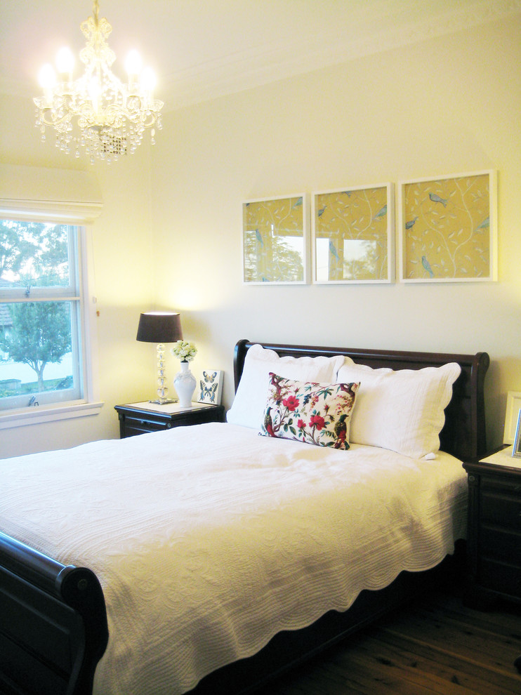 pendant lights or chandelier ideas for a posh bedroom