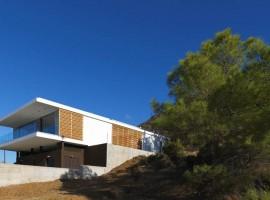 zephyros villa in pomos 01