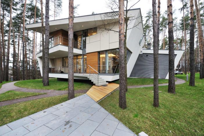 exterior gorki house near moscow 03