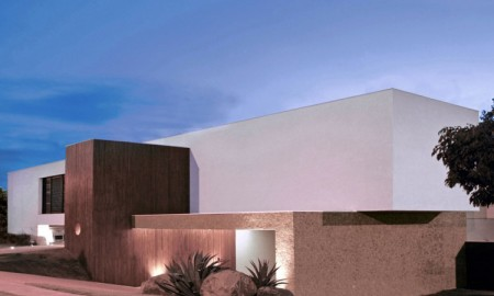 BL-House-01-750x500