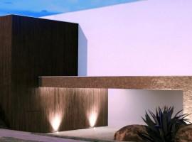 BL-House-02-750x500