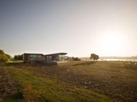 Beach-House-06-800x599