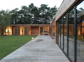 Bergman-Werntoft-House-04-1-750x474