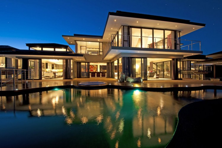 House-E16-01-750x500