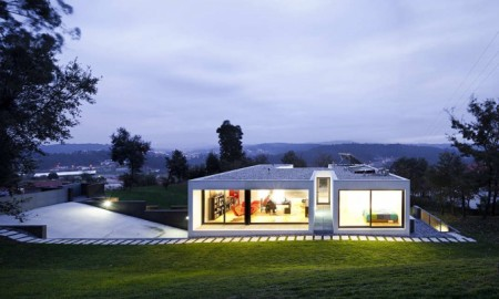 House-In-Barcelos-00-800x403