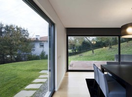 House-In-Barcelos-12-1150x550