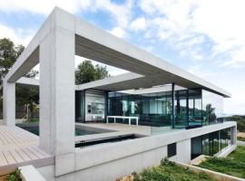 House-in-Costa-d'en-Blanes-01-1-750x486