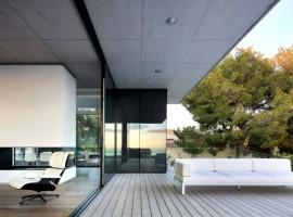 House-in-Costa-d'en-Blanes-01-5-750x447
