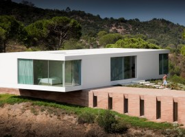House-in-Melides-01-750x500
