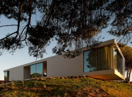 House-in-Melides-05-3-750x498