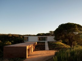 House-in-Melides-05-5-750x498
