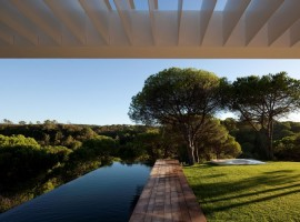 House-in-Melides-09-750x500