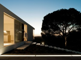 House-in-Melides-18-1-750x498