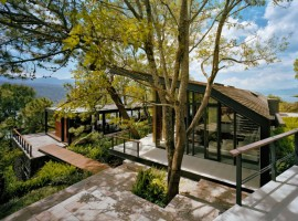House-in-the-Woods-01-750x590