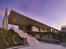 JE-House-12-750x500