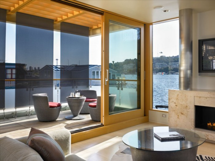 Lake-Union-Floating-Home-05-0-750x563