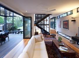 Marcus-Beach-House-08-1-750x406