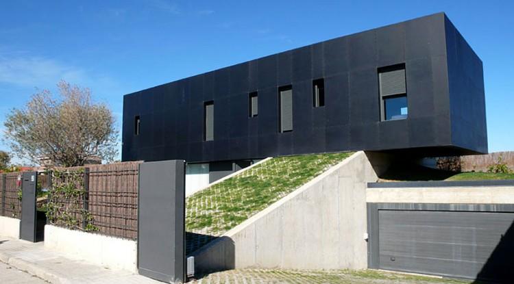 Martin-House-03-1-750x415