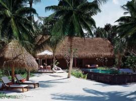 Reethi-Rah-Villas-Beach-Villa-03-800x604