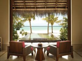 Reethi-Rah-Villas-Beach-Villa-07-1-800x600