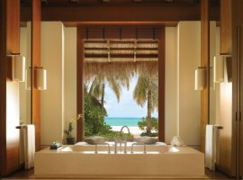 Reethi-Rah-Villas-Beach-Villa-08-800x676