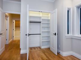 traditional-closet