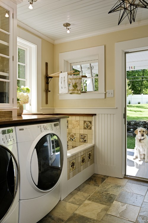 traditional-laundry-room (2)