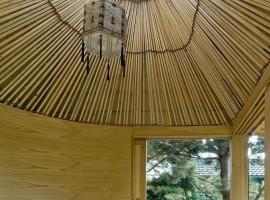 Hat-Teahouse-08-800x1200