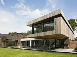House-At-The-Edge-Of-A-Forest-03-800x533