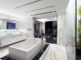 L2_Master_Bathroom3_resize