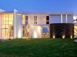SJC-House-02-1-800x533