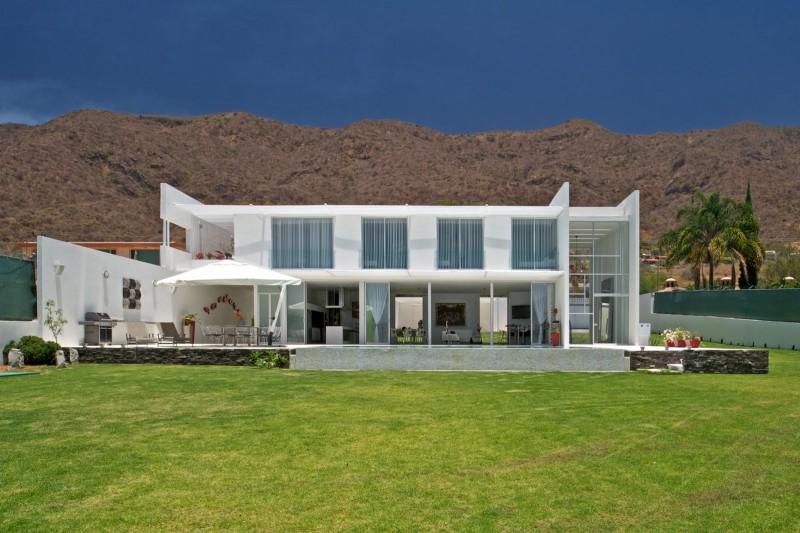 SJC-House-05-1-800x533