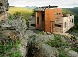Shipping-Container-House-00-800x531