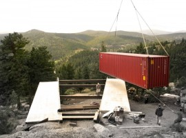 Shipping-Container-House-13-800x533