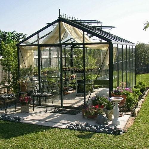 contemporary-greenhouses