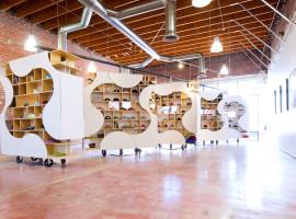 theUPstudio-ArchitectureDesign-AuthentixSneakerShop-Image06-1200px