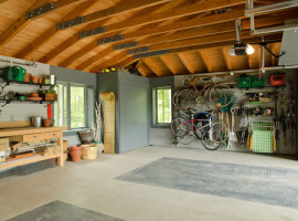 traditional-garage