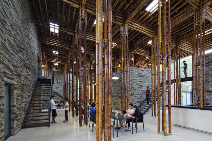 PORTADA_pic10_vertical_communication_of_bamboo_dinning_hall_OKI