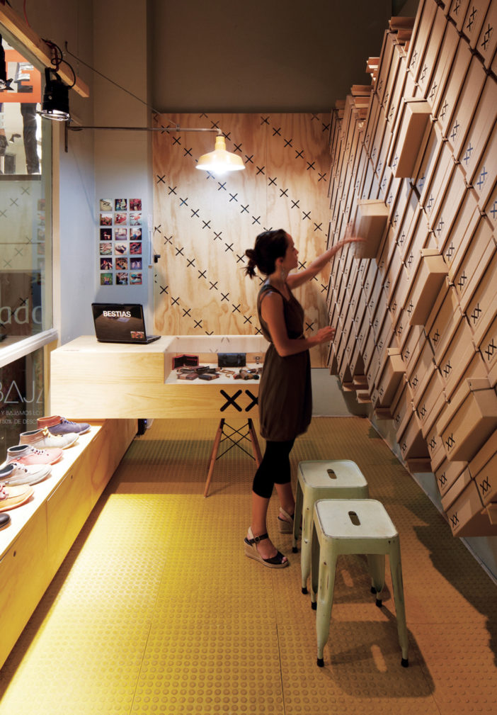 Modern Architectural Design Ideas For Retail Store The
