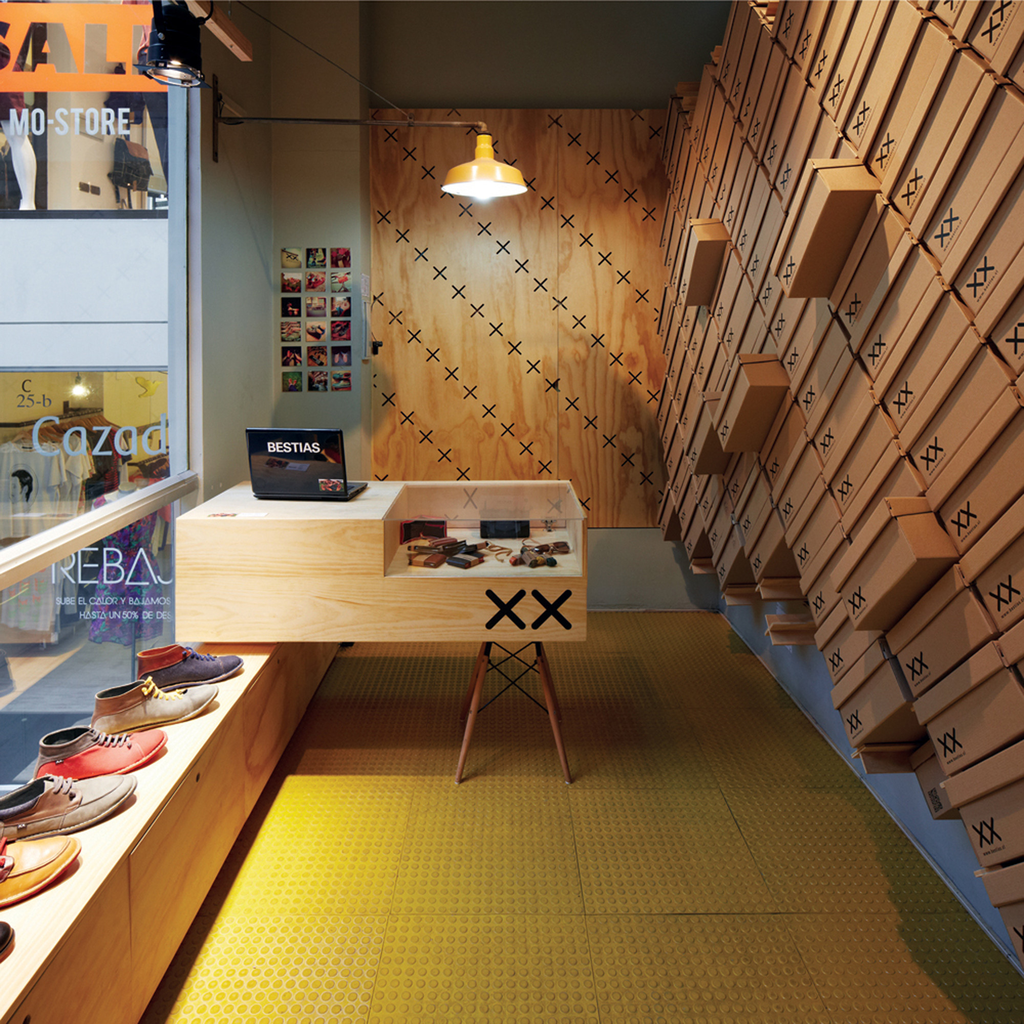 Modern Architectural Design Ideas for Retail Store: The Bestias XX ...