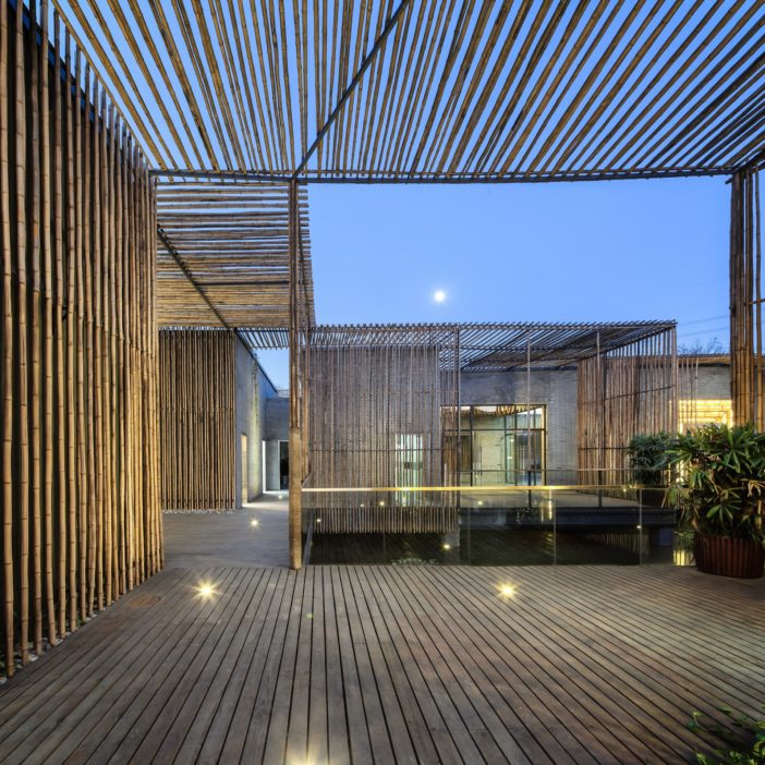 teahouse_09_internal_courtyard._Night_view_from_the_west