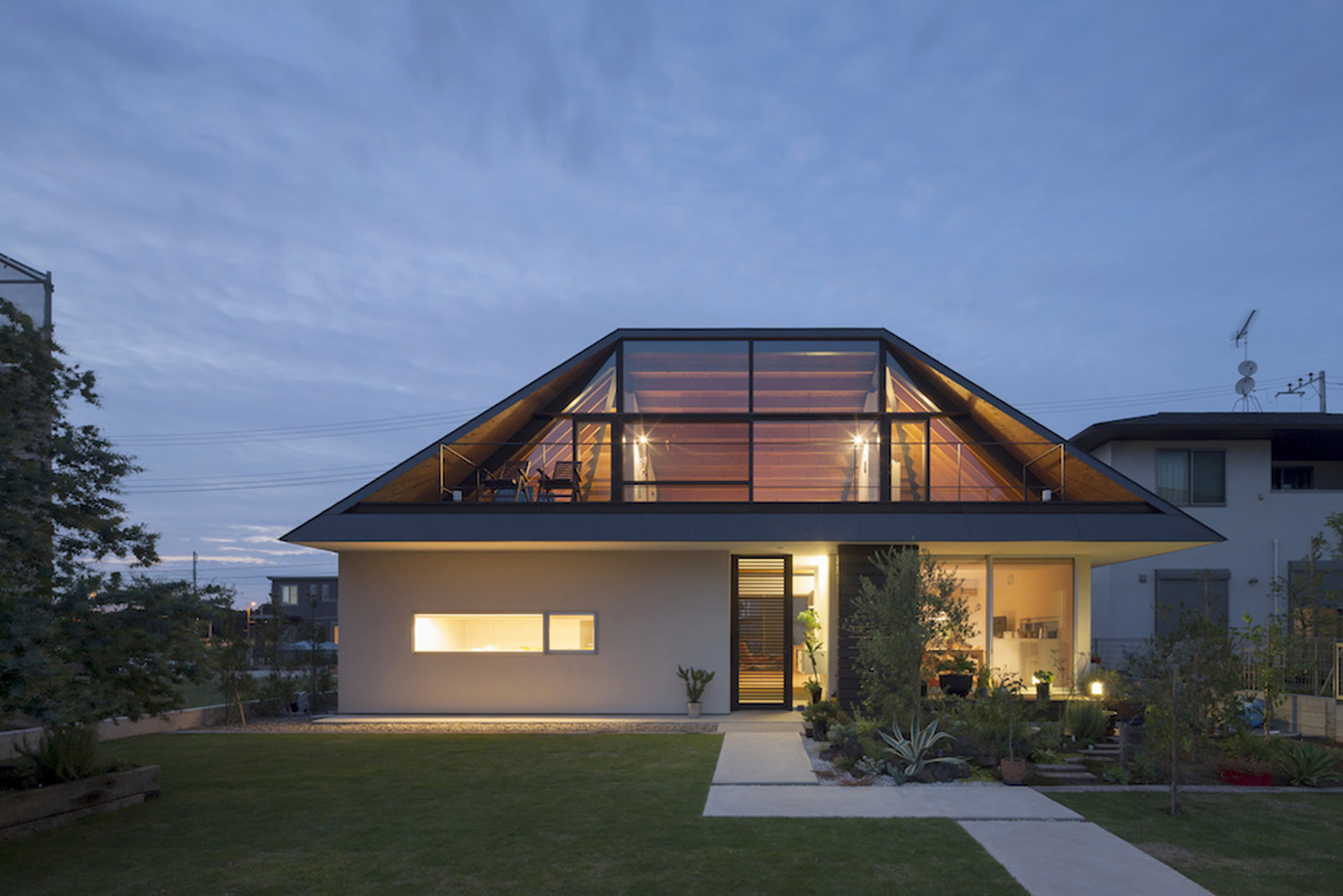 Nature-friendly Architectural Design Ideas: The Large